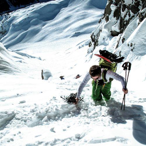 anton-guides-snowboard-touring