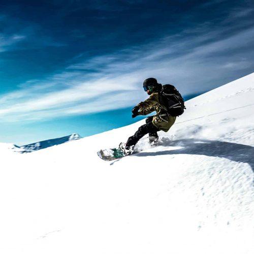 anton-guides-snowboard-guiding-backcountry